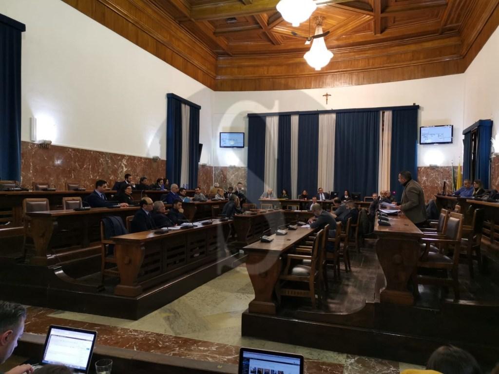 """Messina, passa il """"Cambio di Passo"""" del sindaco De Luca: niente voto, si torna a lavorare"""