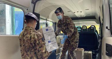 Emergenza coronavirus a Palermo, i militari siciliani in campo per la distribuzione dei viveri