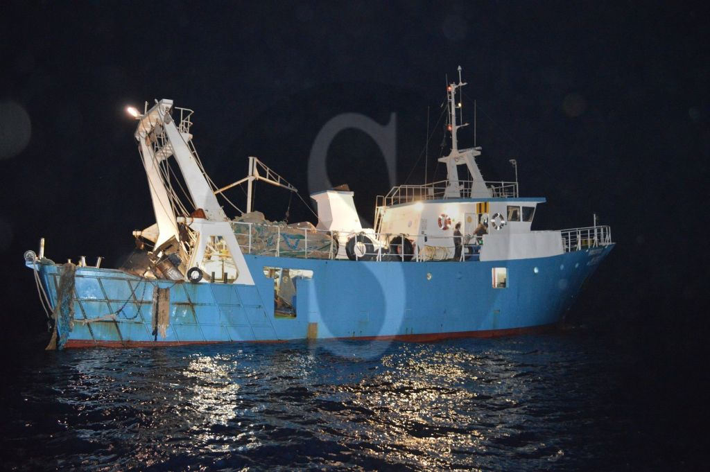 Si sente male in mare, la fregata Carabiniere soccorre marinaio di Mazara del Vallo
