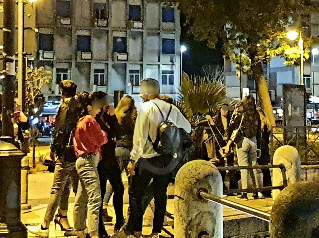Movida a Messina: ignorano il coronavirus e le elementari norme di sicurezza, in quanti lo rimpiangeranno?