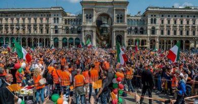 """Manifestazioni anti-Governo, Rifondazione sui gilet arancioni: """"Con i fascisti tolleranza zero"""""""