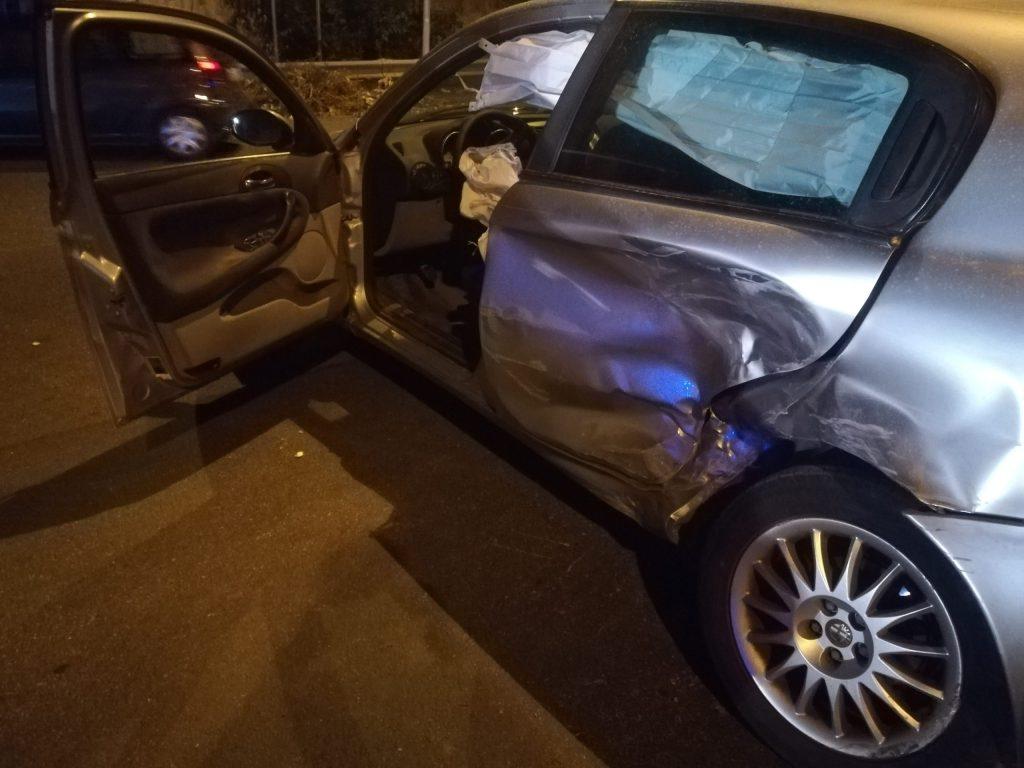 Barcellona PG – Violento scontro tra due auto sul Viale Sicilia, quattro i feriti