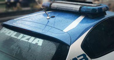 Messina, minaccia la moglie davanti alla figlia con una pistola: arrestato 40enne