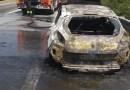 Auto prende fuoco in autostrada tra Barcellona PG e Milazzo