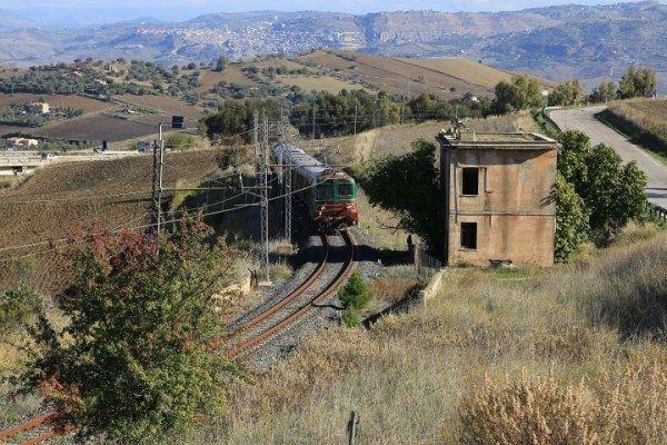 treno storico - presepe vivente - cammarata - agrigento - catania