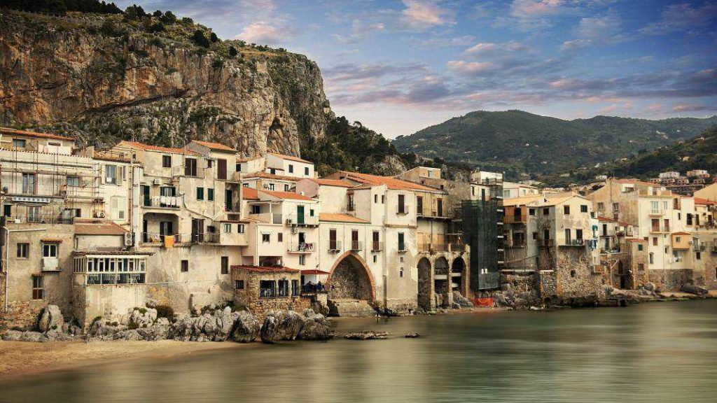 Cefalu' and Castelbuono private tour