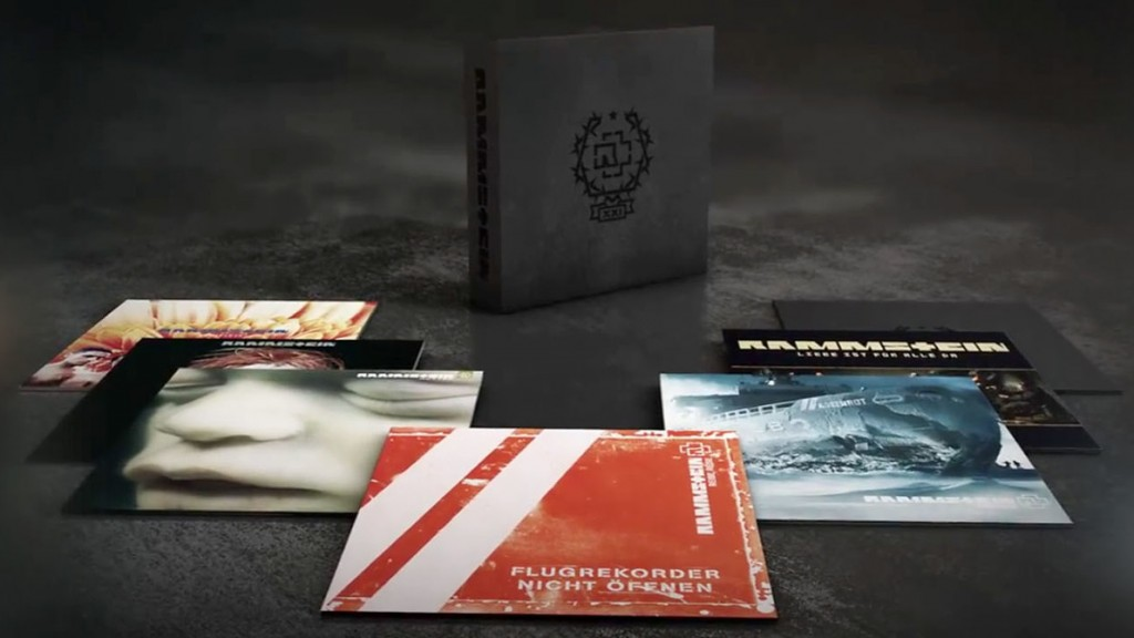 https://i1.wp.com/www.side-line.com/wp-content/uploads/2015/11/Rammstein-XXI-vinyl-boxset-1024x576.jpg