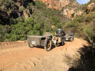 Negotiating the bends. Prince Alfred Pass