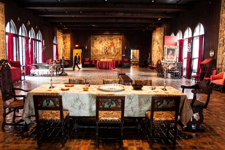 Interior tapestry room