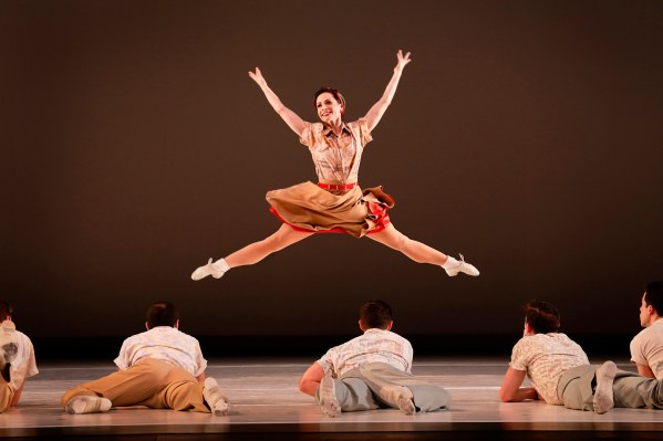 Paul Taylor Dance Company at PS21. Photo by Paul B Goode