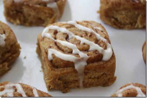 vegan cinnamon buns