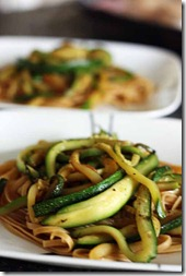 whole wheat pasta with zucchini