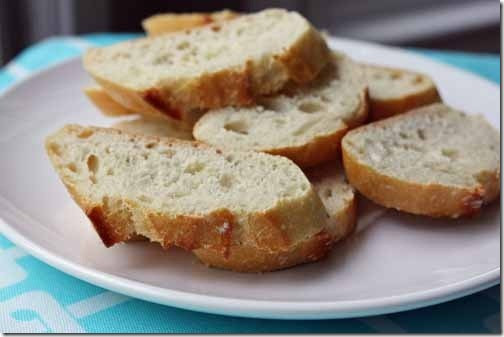 french bread slices