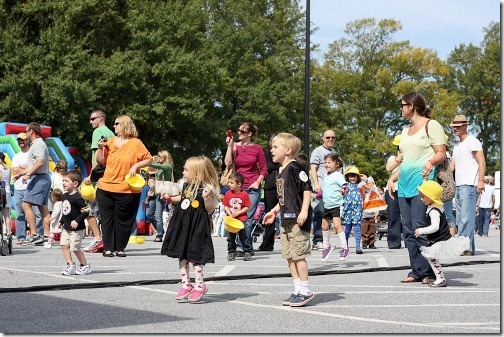 kids dancing to big bang boom