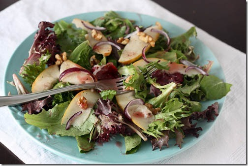 pear salad with walnuts