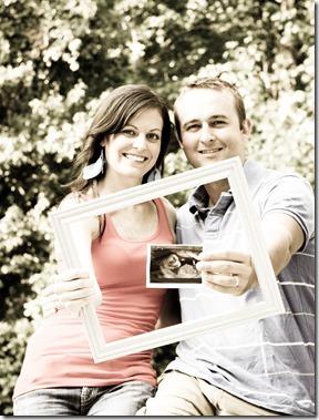 pregnancy announcement photo