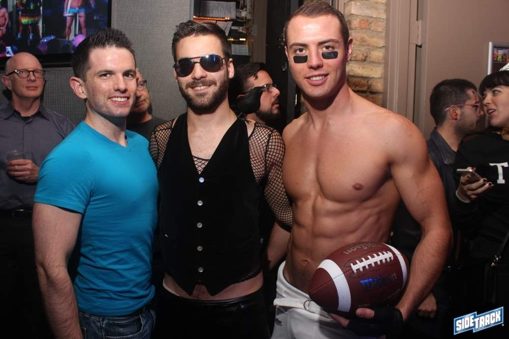 Sidetrack – Chicago's best gay bar!