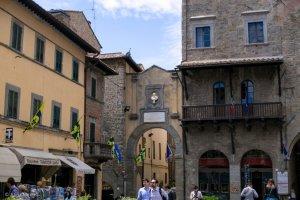 cortona the arch
