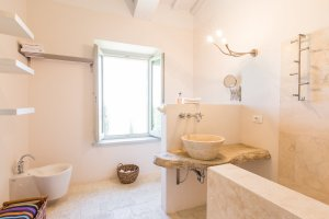 2015-08-28-siena-house-rooms-114