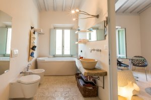 2015-08-28-siena-house-rooms-46