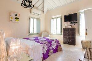 2015-08-28-siena-house-rooms-6