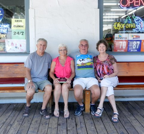 Naydeen and Mickey Smith, from Vancouver Island, visited with David and Carol Marshall.