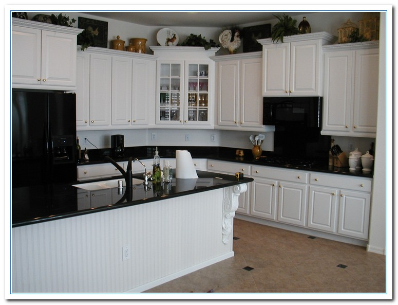 White Cabinets with Granite Countertops | Home and Cabinet ... on Backsplash For Black Granite Countertops And White Cabinets  id=72311