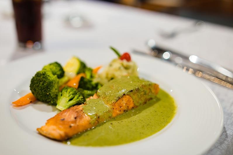 Comida Gourmet en Sierra Lago Mascota