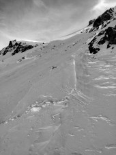 Large avalanche triggered with a hand charge on Mammoth Mountain on 1/6