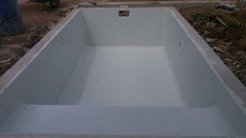 pose de mosaïque pour piscine