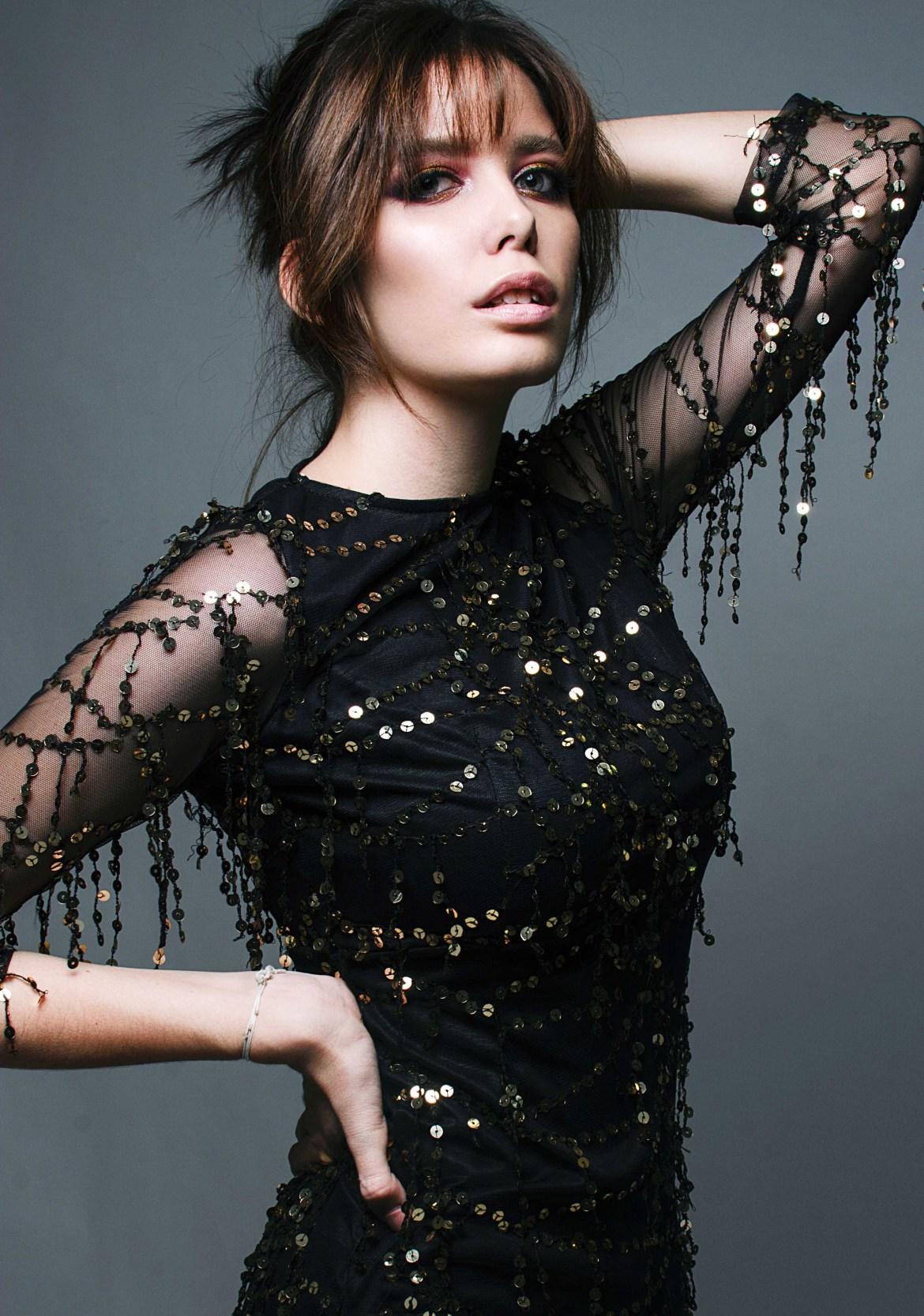 How to Follow Celebrity Fashion