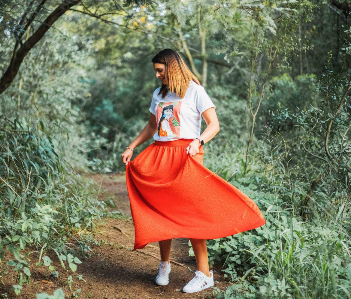 How to Style Maxi Skirts with printed top