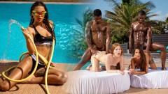 Liya Silver y Jia Lissa en una orgía interracial