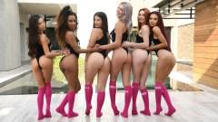 Demi, Vina, Sabina, Lacy, Gabbie y Lasirena69 en una orgía para RealityKings.com