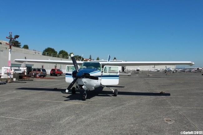 Renton Cessna 210 Fly Seattle Scenic