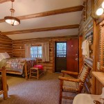 Two Room Rustic Log Cabins Signal Mountain Lodge