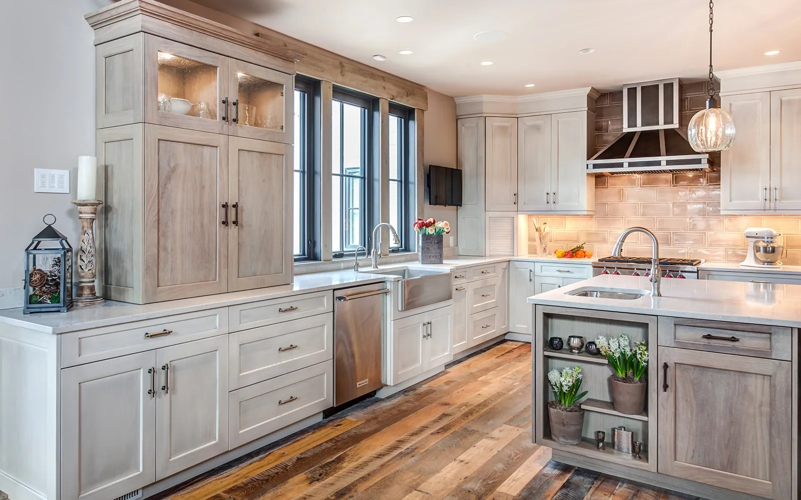 Kitchen Signature Custom Cabinetry