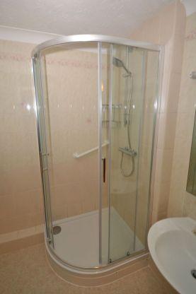 Retirement flat shower refurbishment - Coulsdon Emerald Court 2