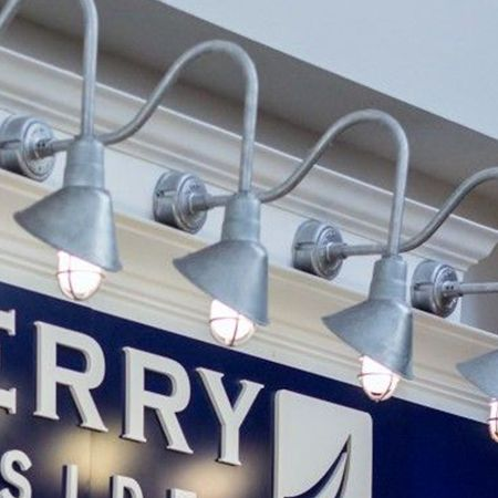 commercial outdoor sign lighting
