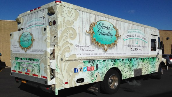 Tracies Traveling Boutique