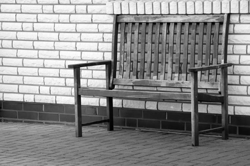 el gris evoca la soledad de manera muy gráfica