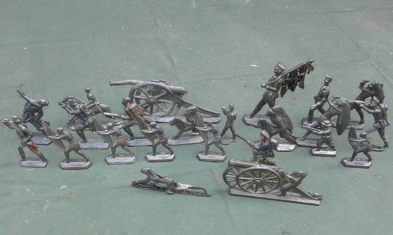 ejemplo de soldados de plomo, muy populares en el siglo XIX