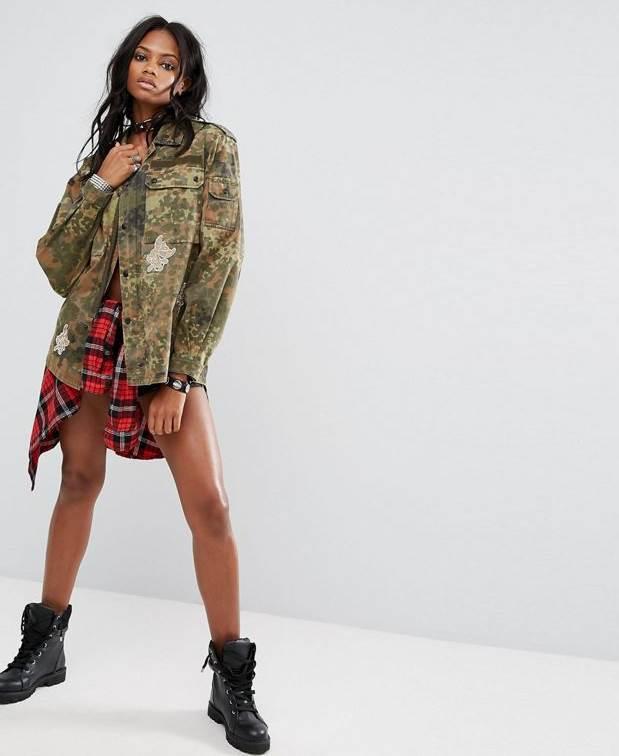 el color caqui ha tomado su sitio en el mundo del diseño de ropa