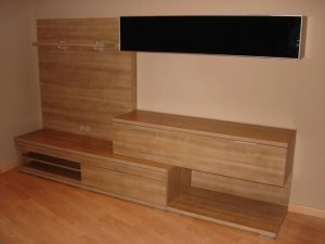 el color teka se utiliza mucho en muebles
