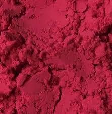 el kermes es un pigmento que da nombre a este color