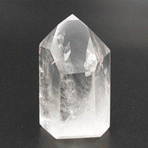 el mineral llamado cuarzo da nombre a este color