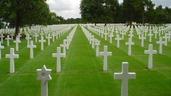 ▷ Sonhar com Cemitério -【Tudo o que você precisa saber】