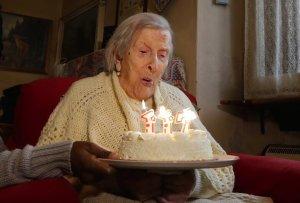 Essa Mulher De 117 Anos Surpreendeu o Mundo Ao Revelar o Segredo Para a Longevidade