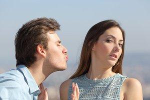 Por Que Tantas Mulheres Inteligentes e Atraentes Continuam Solteiras? Você Vai Se Surpreender