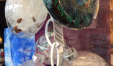 Lyn Brown, Ornaments